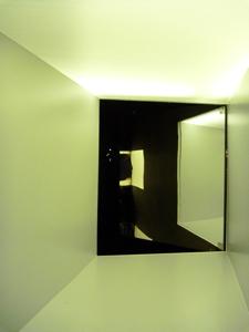 鏡むこう.jpg